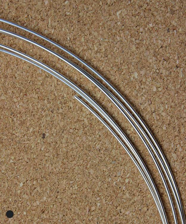 SRW16 = Round Sterling Wire 16ga (1.3mm) Dead Soft (Sold per foot)