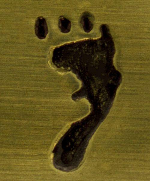 PN6312 = ImpressArt Design Stamp - right foot print 9.5mm
