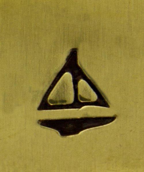 PN5262 = DESIGN STAMP - sailboat
