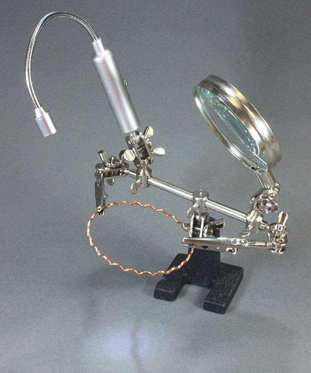 54.087 = Dual Third Hand Holder with Magnifier and LED Light