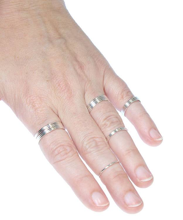 870S-5 = Sterling Silver 1mm Stacking Ring Size 5 (Pkg of 3)