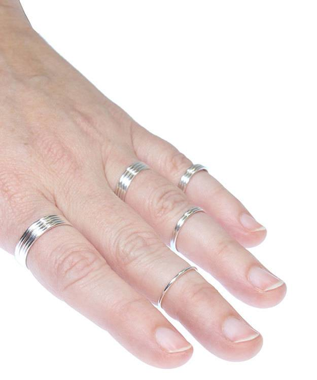 870S-8 = Sterling Silver 1mm Stacking Ring Size 8 (Pkg of 3)