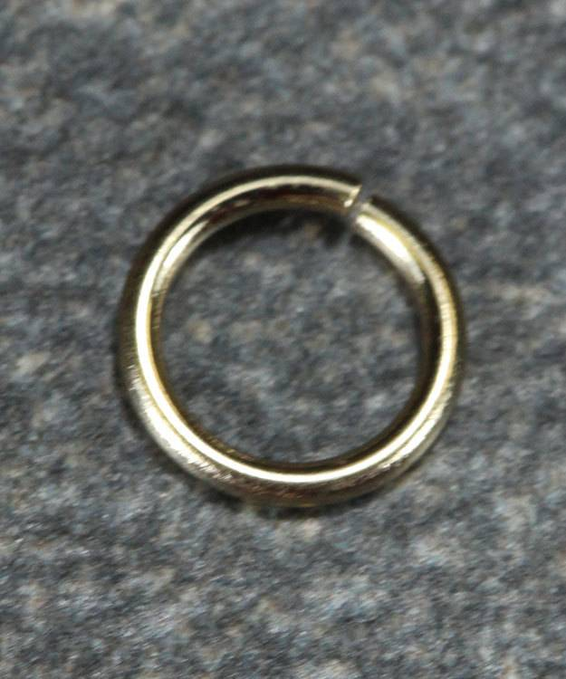 900-6L = Open Jump Ring 4.3mm ID x .030'' (20ga) Wire 14KY Gold