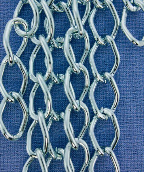 800AL-149IB = Aluminum Curb Chain Ice Blue 14.4 x 9mm Wide 5 feet Long