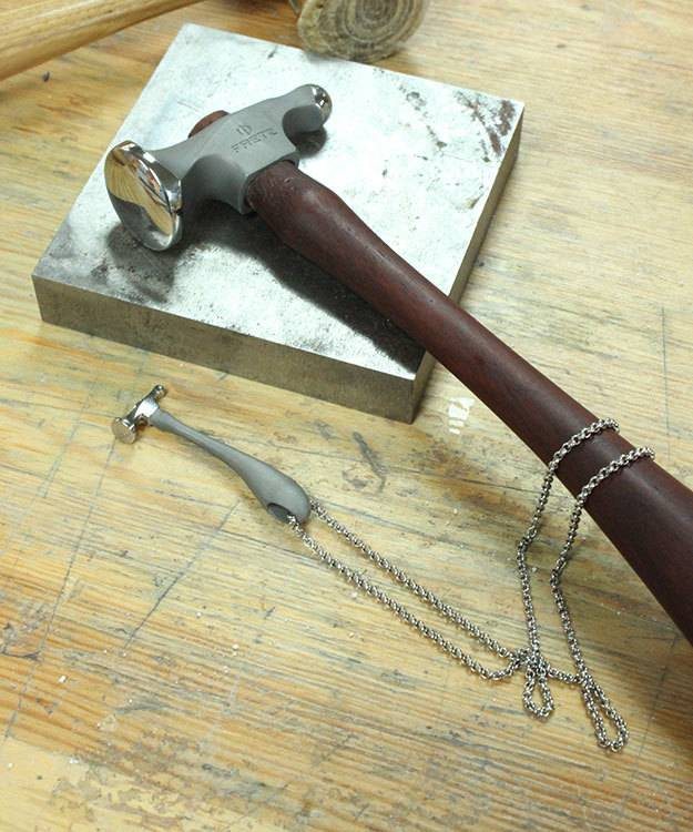 Fretz Designs HA8017CHARM = Fretz Chasing Hammer Pendant Stainless Steel