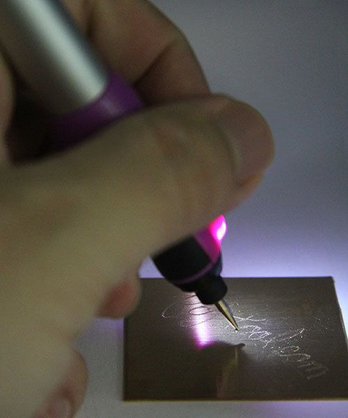 EN552 = Economy Microengraver with LED Light - Battery Operated
