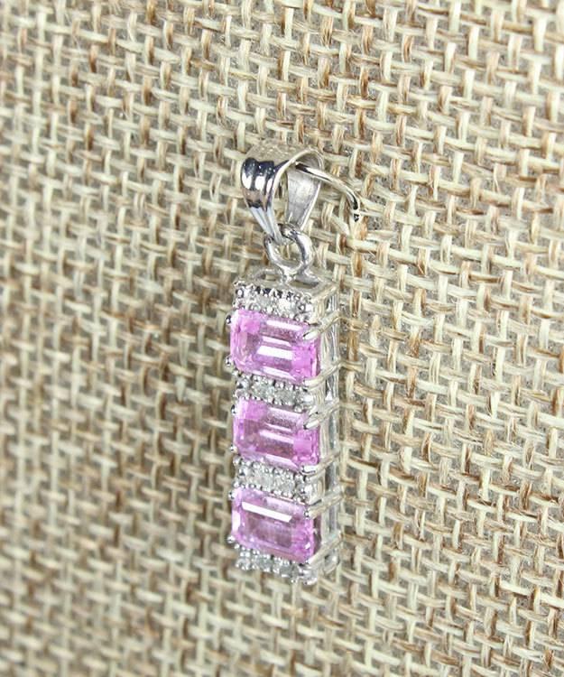 DPD1002 = Silver Color U-Pin (Pkg of 100)