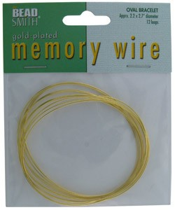 CD45006G = MEMORY WIRE OVAL GOLD PLATED BRACELET SIZE 2.2'' x 2.7''