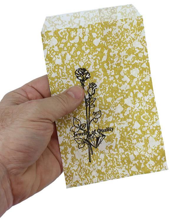 DBG1161 = Paper Gift Bag Gold and Black Pattern 4'' x 6'' (Bundle of 100)
