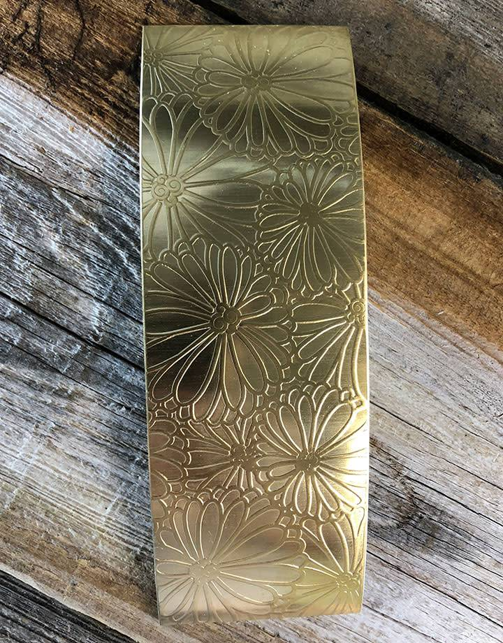 BSP4624 = Patterned Brass Sheet ''Mum's the Word''  2'' x 6'' 24ga