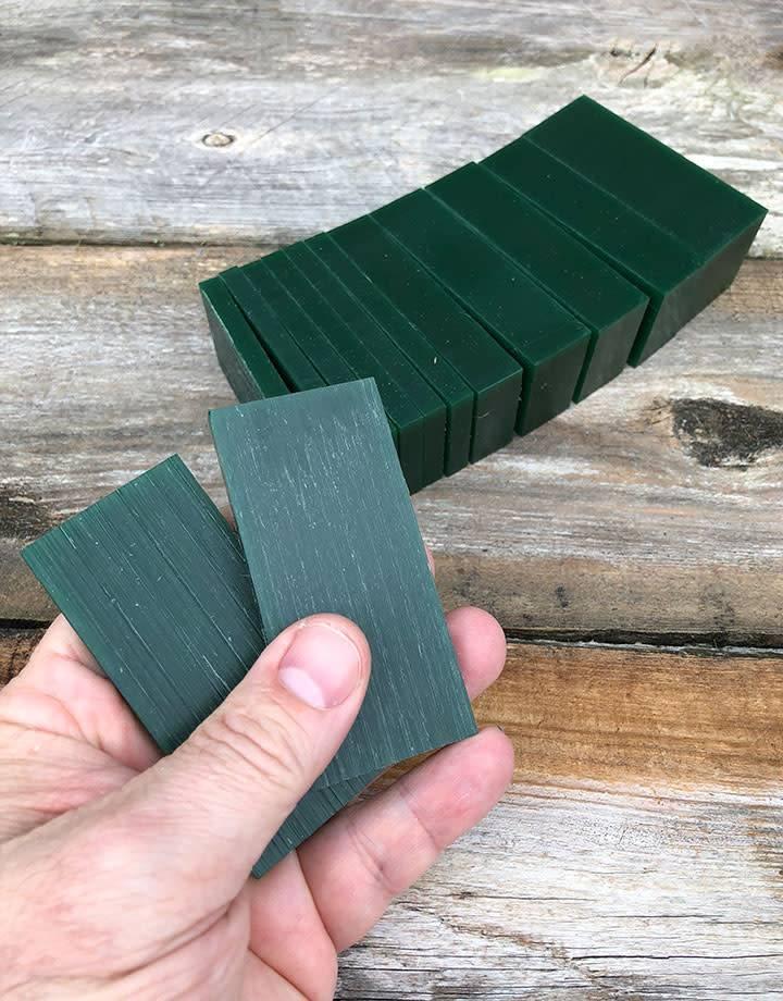 Du-Matt 21.02770 = DuMatt Green Carving Wax Slices (1lb)