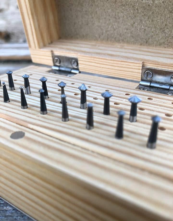 Spearhead Burs BR3167 = 45deg Bearing Bur Set 17pcs (1.1 to 4.5mm) HS Steel