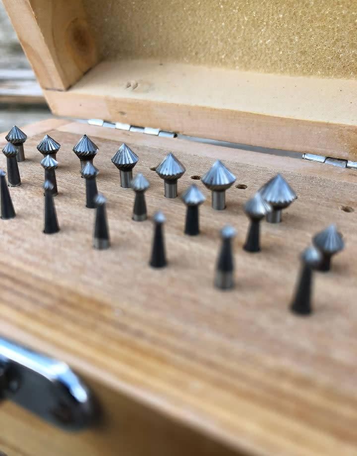 Spearhead Burs BR3182 = 90deg Bearing Bur Set 25pcs (0.9 to 6.3mm) HS Steel