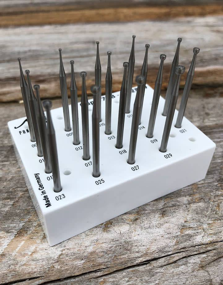 Panther Burs 77.2899 = CUP BUR SET TUNGSTEN/VANADIUM (0.8 to 2.9mm) 18pcs