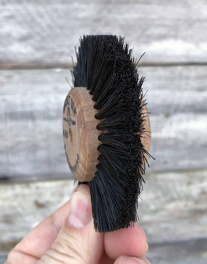 "Grobet USA 16.390 = Wood Hub Bristle Brush 3 Rows 3"" dia."