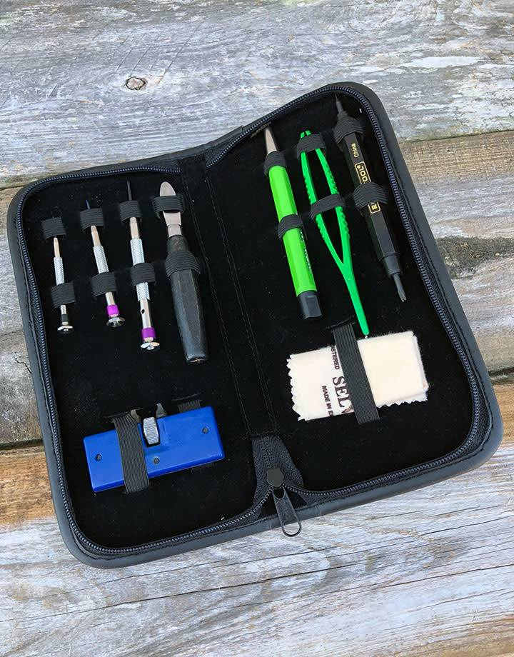 BA114 = BATTERY TOOL KIT - LEATHER POUCH