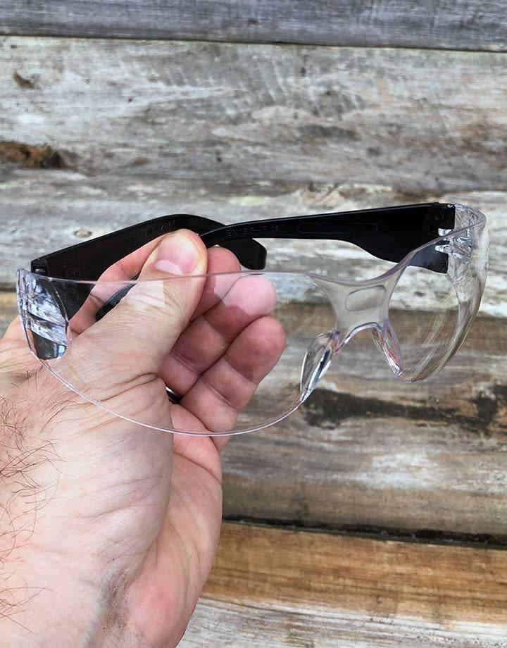 EL1050 = Safety Glasses