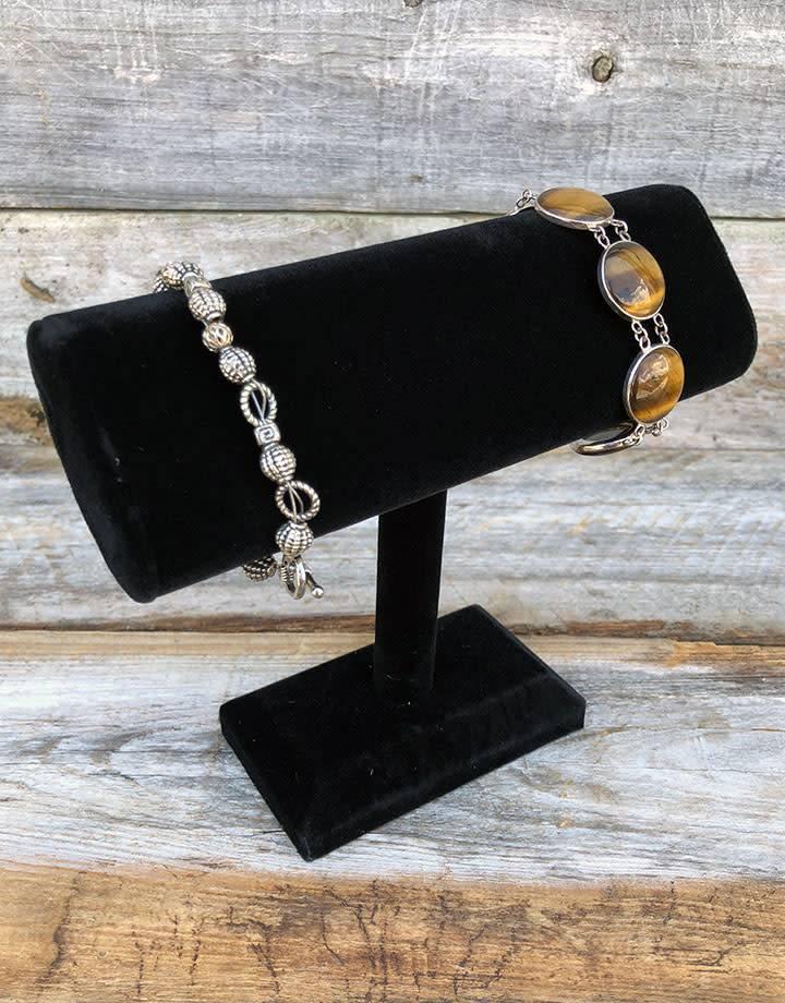 DBR1195 = Black Velvet Oval Bracelet T-Bar