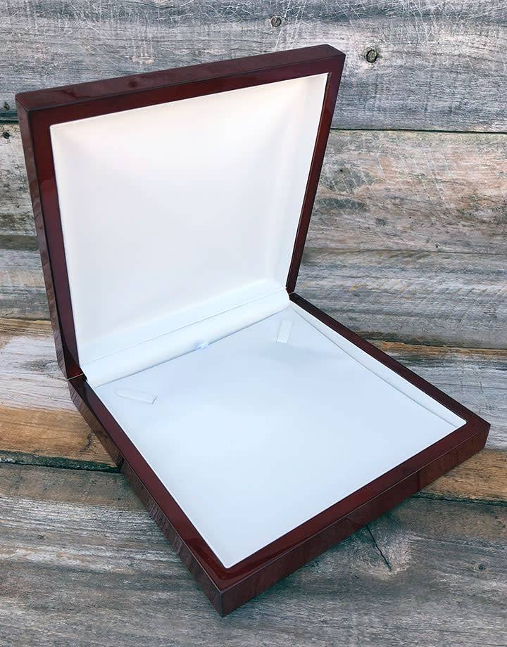 DBX4007 = Rosewood Necklace Box (EACH)