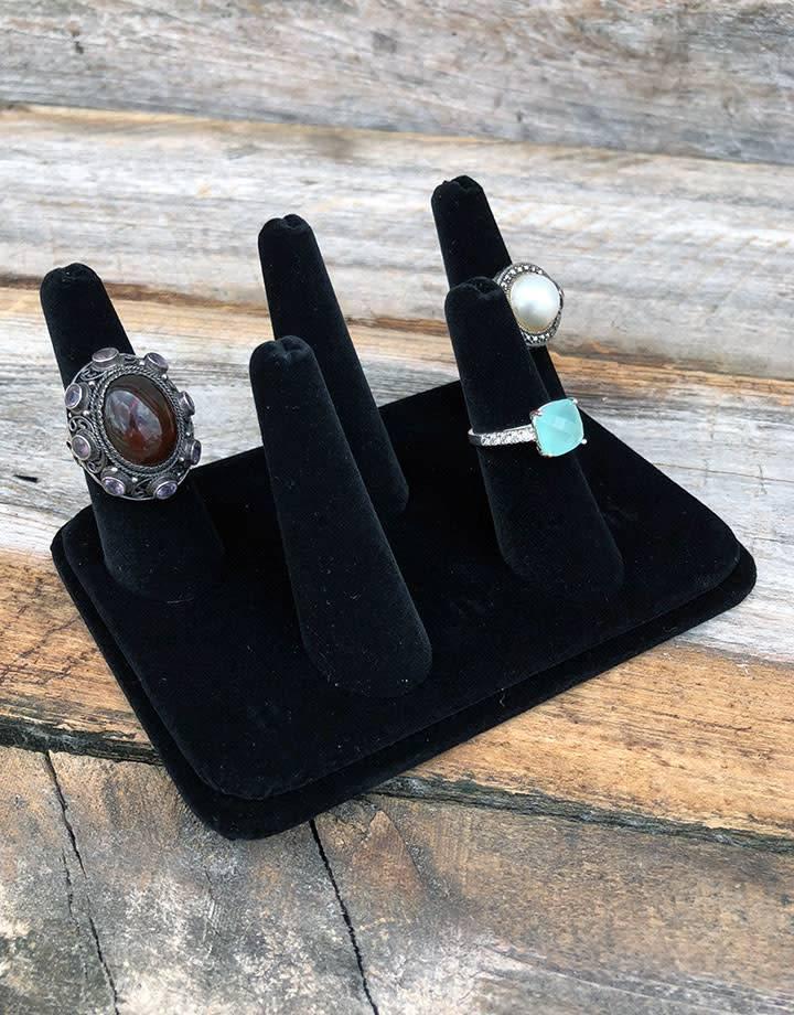 DRG1435 = Black Value Velvet Five Finger Ring Display 5-1/8'' x 3-7/8''