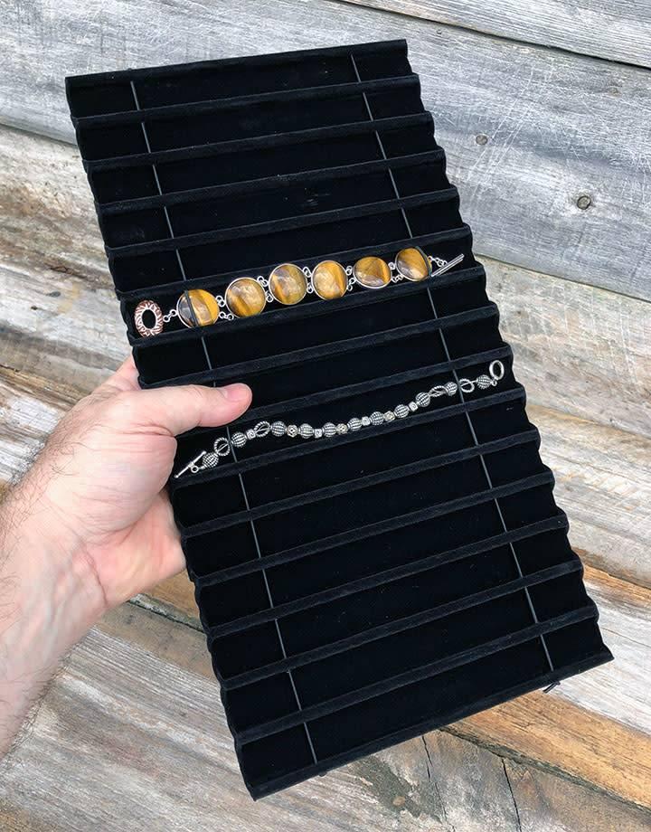DBR1915 = Black Velvet Tray Insert for Bracelets with 15 Slots