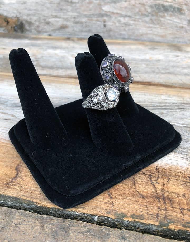 DRG1433 = Black Value Velvet Three Finger Ring Display 4'' x 3-1/8''