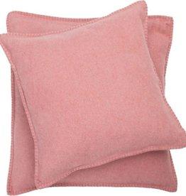 Blanket stitch cushion, rouge
