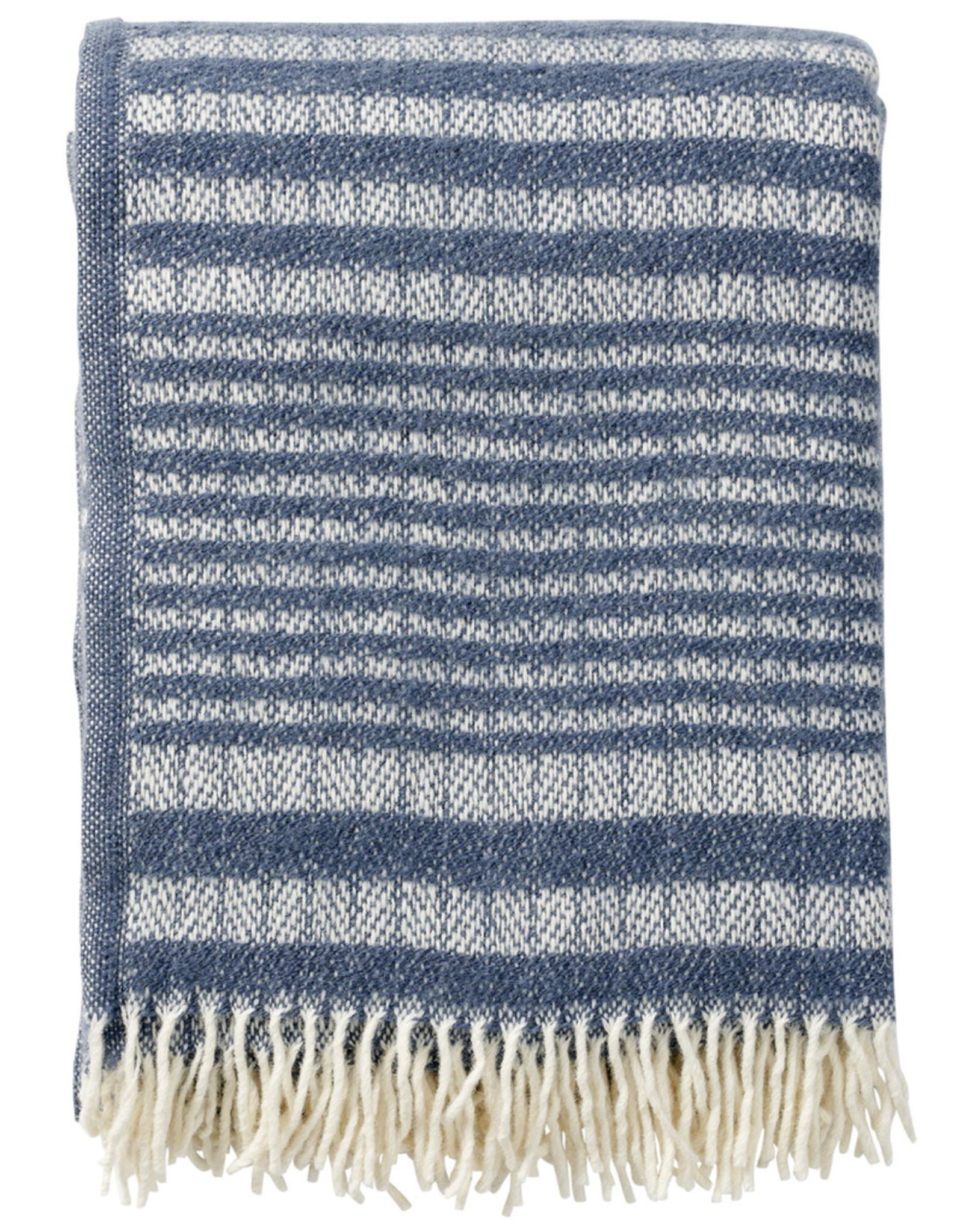 Roy Throw Dusty Blue - 100% Eco Lambs Wool