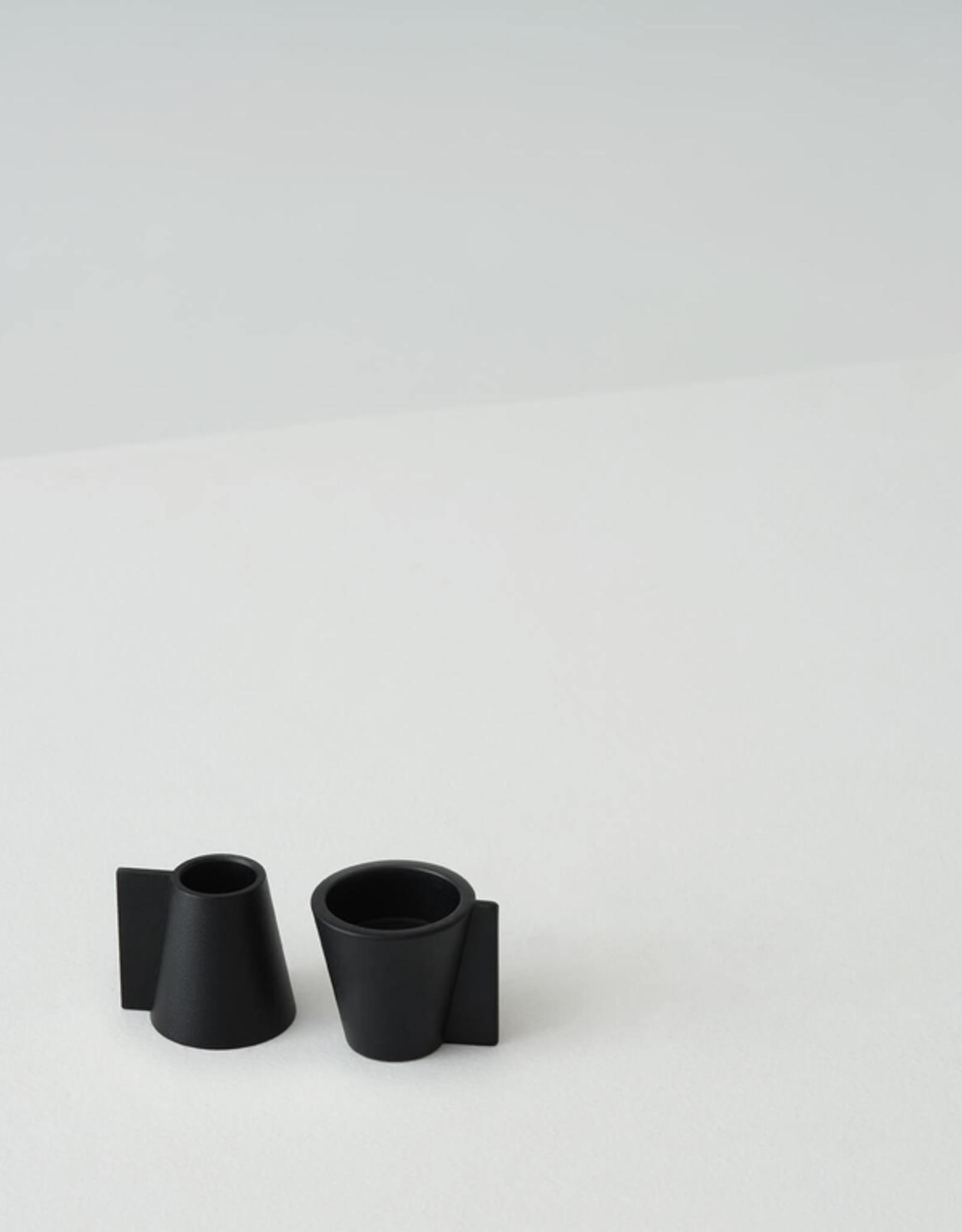 Pitch Candle Holder-Black (Single)