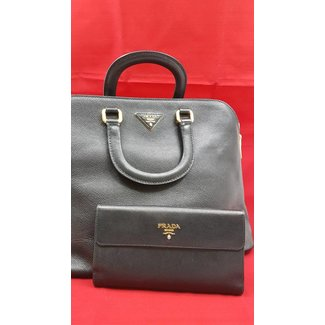 PRADA PURSE AND WALLET PACKAGE