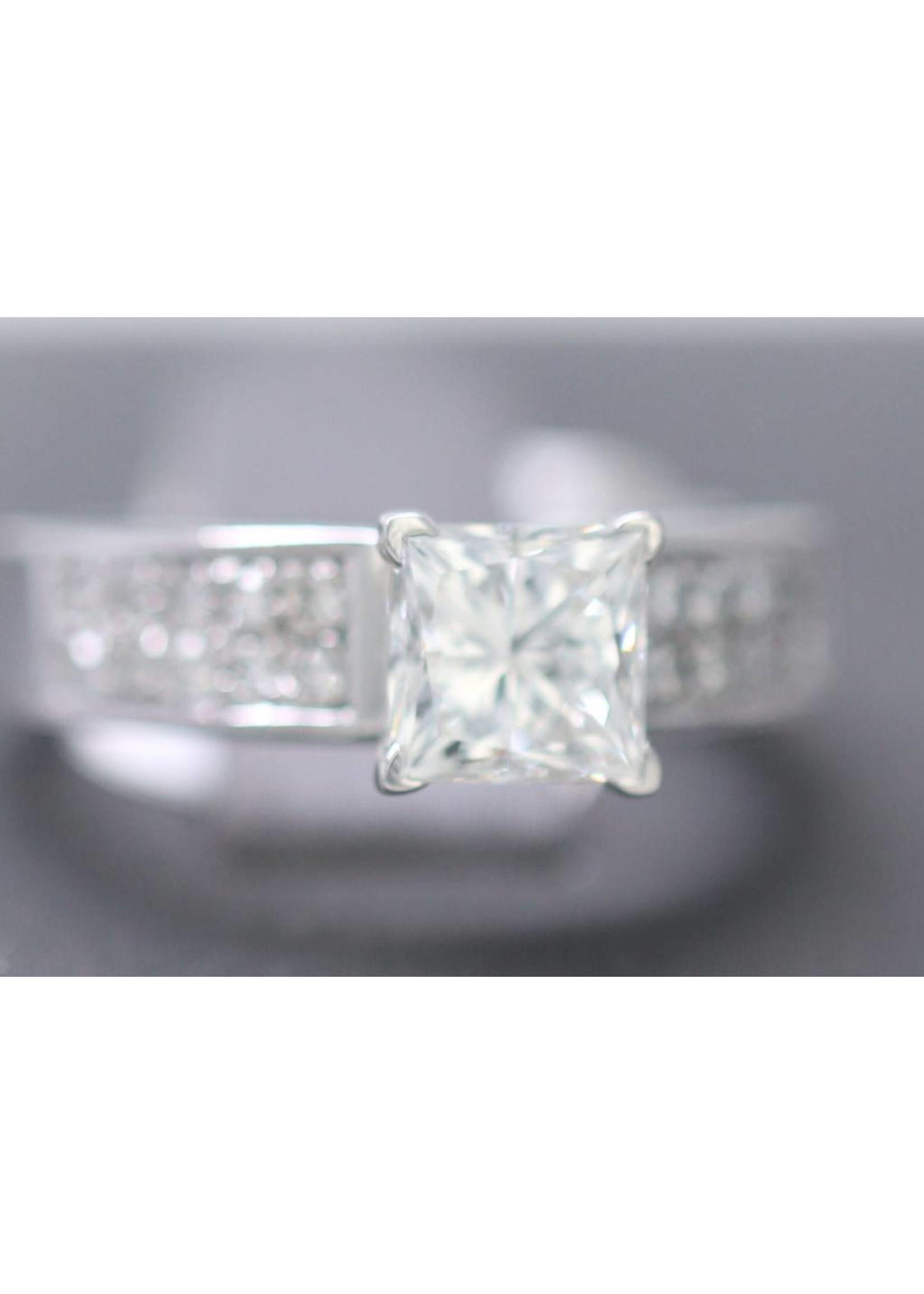Diamond 1.60 VS2-G GEMSCAN SET IN 14K RING nEW