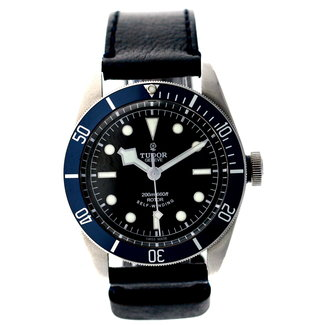 Tudor TUDOR HERITAGE BLACK BAY #79220B 40MM (2015 B+P)