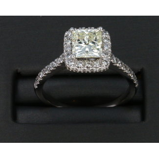 1.35 PRINCESS CUT I1 G COLOR 14K LADIES DIAMOND RING.