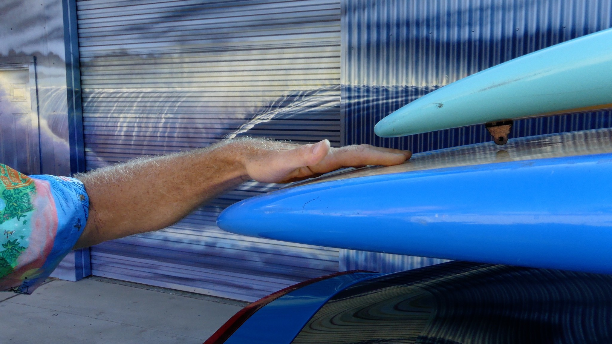 stacking boards on car