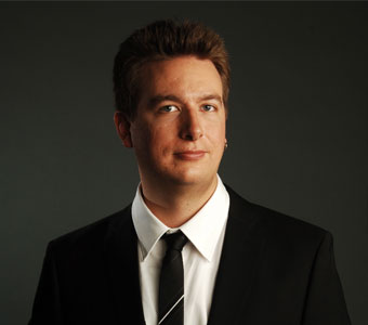 Jonathan Moerschel of the Colburn School and Calder Quartet member gave a masterclass at Metzler's on January 24, 2010.
