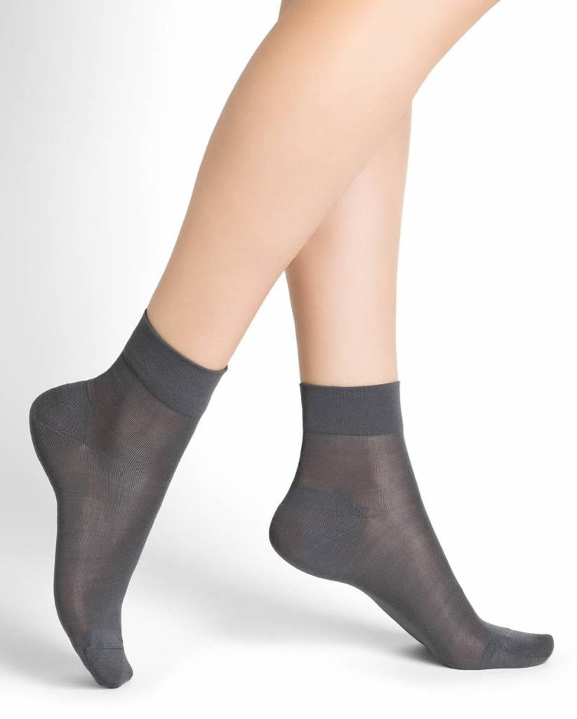 100% Silk ankle socks