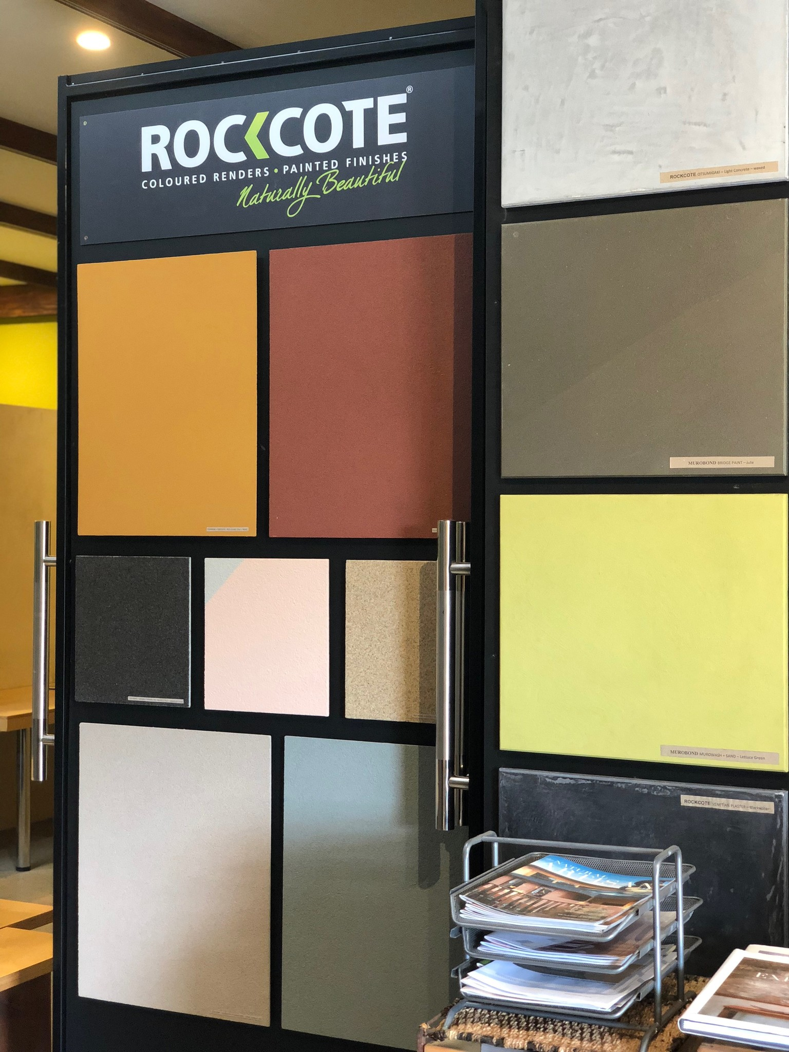 painted-earth-byron-bay-rockcote-display