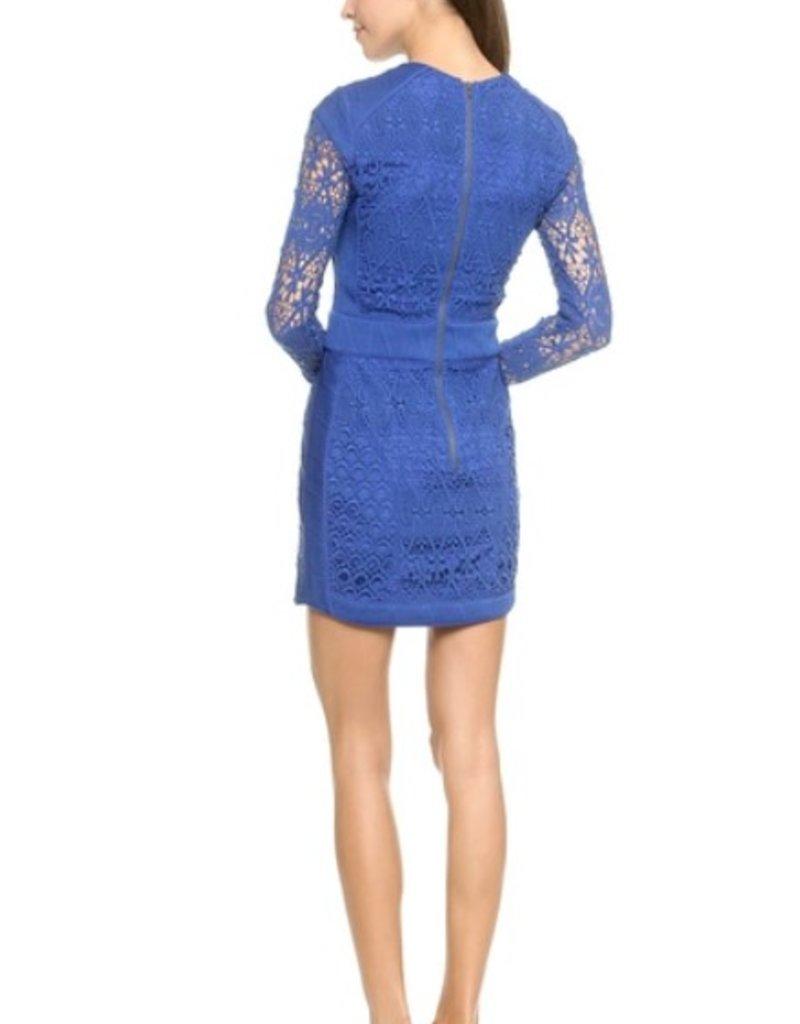 Charlie Jade Crochet lace quilted waist & trim panels crew neck lslv jersey dress