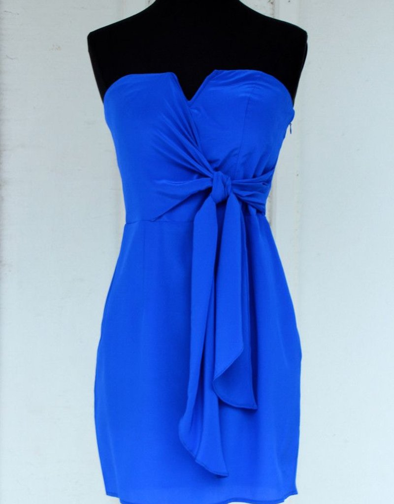 Charlie Jade Nikitta side sash tie wrap notched v-neck bustier strapless dress w/ pockets