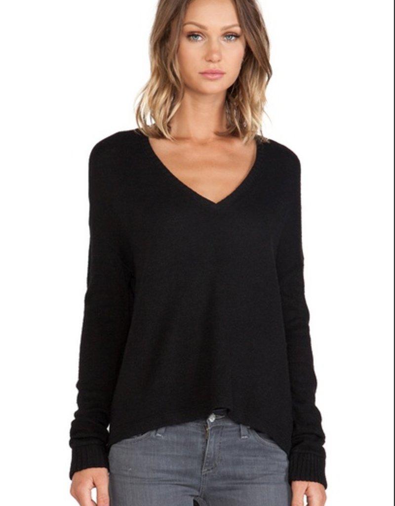 Bella Luxx Oversized v-neck long sleeve tee