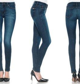 Joe's Jeans <li>Wash: Sophia<br /><li>Mid-rise<br /><li>Fabric: 9.25 oz stretch denim<br /><li>43% Cotton, 55% Rayon, 2% Polyurethane<br /><li>Made in Mexico