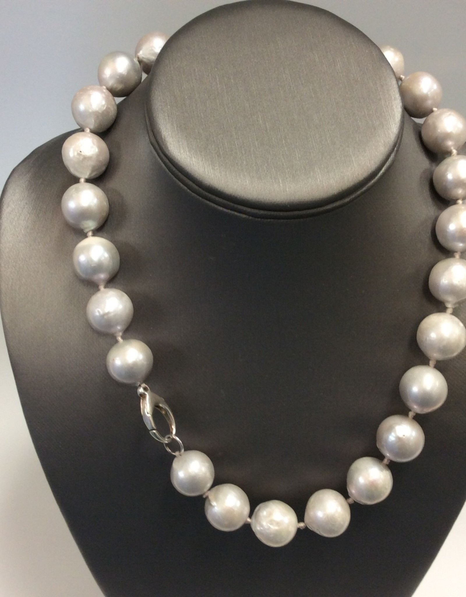 "Silver Freshwater Pearl 18"" Necklace"