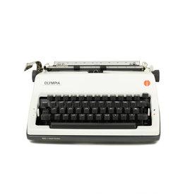 Olympia Olympia SM-9 Typewriter
