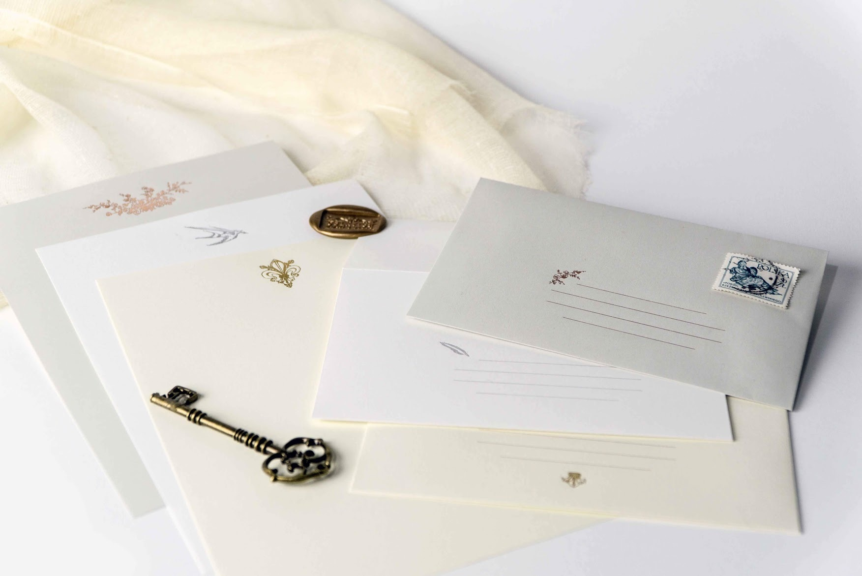 A Time for Handwritten Notes and Other Niceties