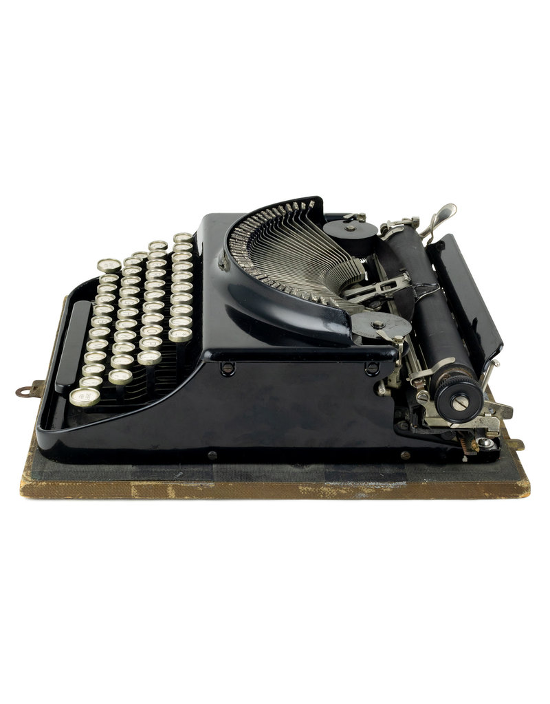 Remington Remington Scout Typewriter