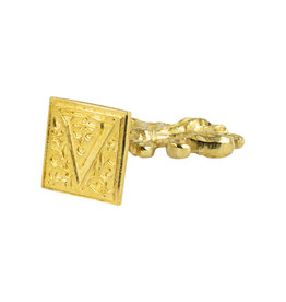"Freund Mayer Florentine Square Brass Seal Filigree ""V"""
