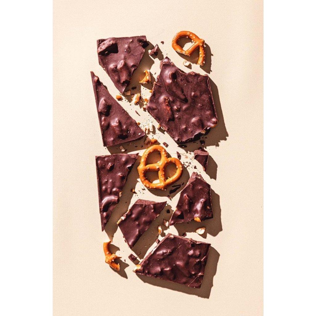 Compartes California Love Pretzel Dark Chocolate Bar