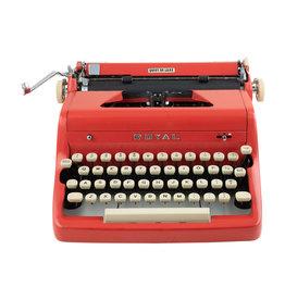 Royal Red Royal Quiet De Luxe Typewriter