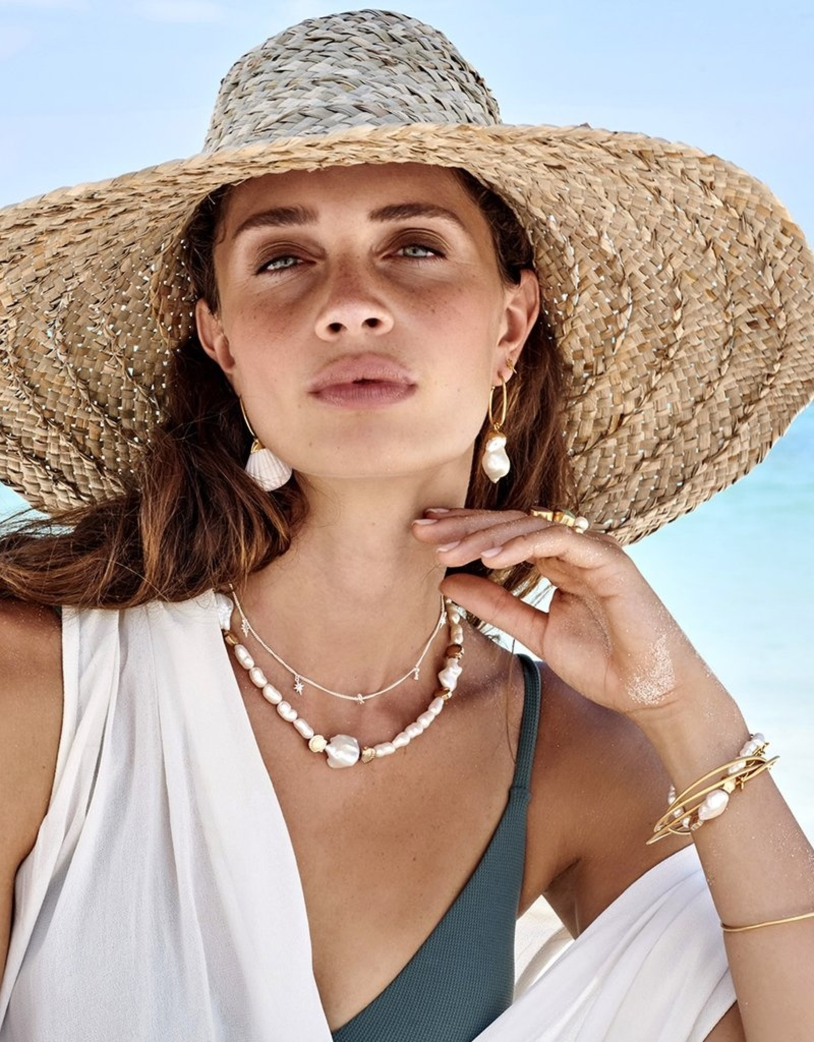 FAIRLEY PEARL SEASHELL NECKLACE