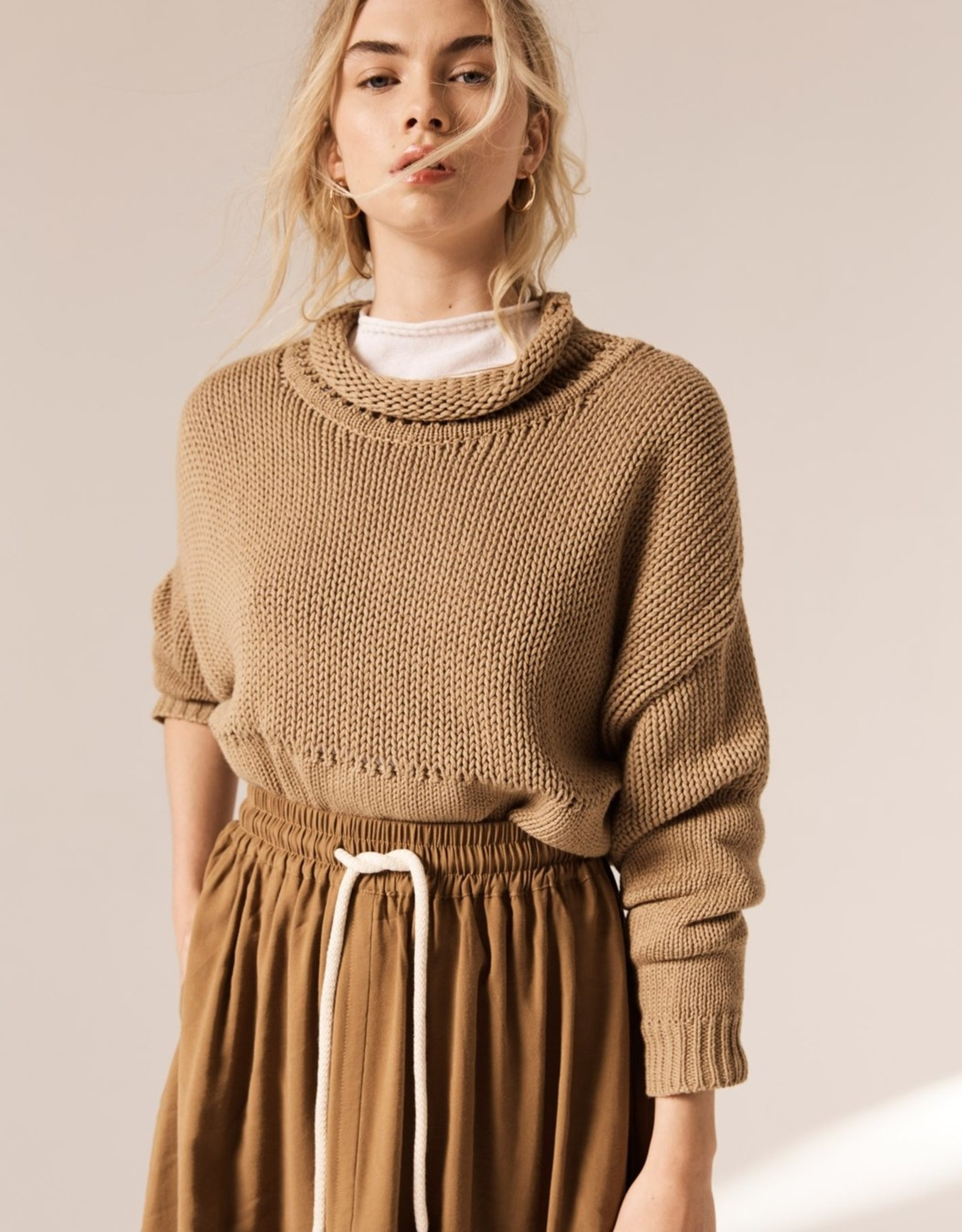 POL AERIAL CROPPED KNIT CAMEL